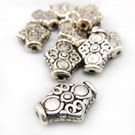 Tibetan Silver 15mm Diamond Beads