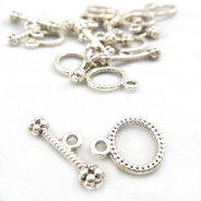 Tibetan Silver Small Oval Toggle Clasp (Pack 10)